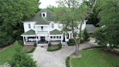Suffolk Residential For Sale: 5633 Everets Rd
