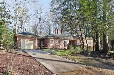 Williamsburg Residential For Sale: 202 Governors Dr