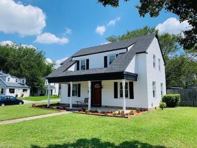 Portsmouth Residential For Sale: 7 Alden Ave