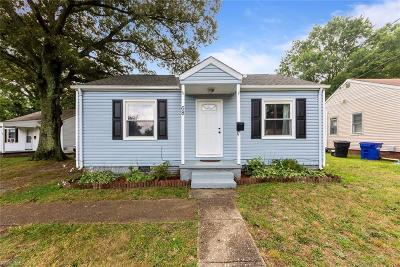 Portsmouth Residential For Sale: 68 Bolling Rd