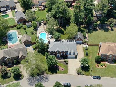 Chesapeake Residential New Listing: 212 Silver Maple Dr