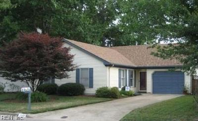 Virginia Beach Residential New Listing: 1009 Spindle Xing
