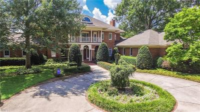 Norfolk Residential For Sale: 1405 S Veaux Loop