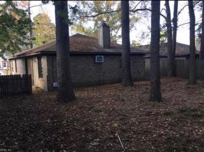 Virginia Beach Multi Family Home Under Contract: 704 Grant Ave