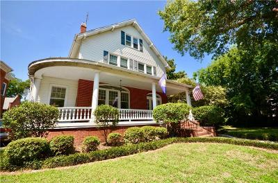 Norfolk Residential For Sale: 915 Jamestown Cres