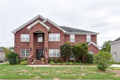 Chesapeake Residential For Sale: 1311 Club House Dr