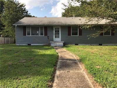Newport News Residential For Sale: 105 Woodhaven Rd