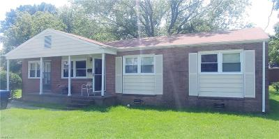 Hampton Residential New Listing: 1027 Barry Ct