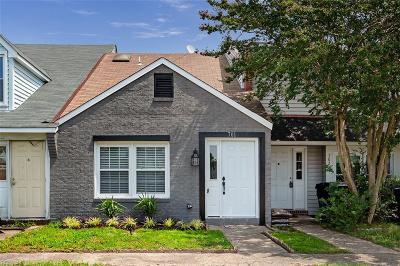 Virginia Beach Residential New Listing: 701 Cedar Glen Ct