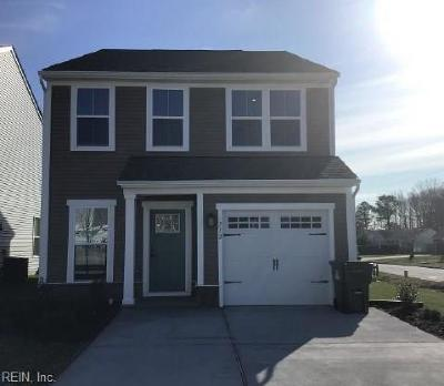 Virginia Beach Residential Under Contract: 712 Maple Leaf Ln