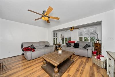 Virginia Beach Residential New Listing: 5600 Waring Ct Ct