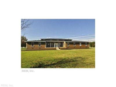 York County Single Family Home Under Contract: 101 Shady Bluff Pt
