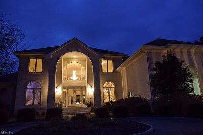 Suffolk Single Family Home For Sale: 5208 Regatta Pointe Rd