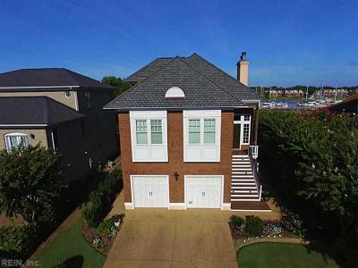 Hampton Single Family Home For Sale: 30 Channel Ln