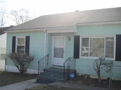 Single Family Home Sold: 419 Courtney Ave