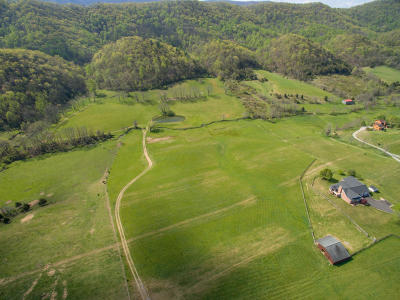 Botetourt County, Roanoke County Farm Sold: 6870 Blacksburg Rd