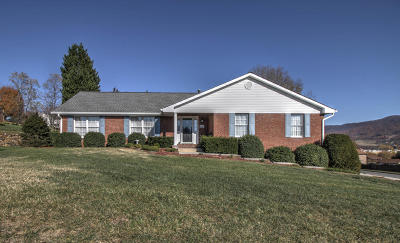 Single Family Home Sold: 5007 Labradore Dr