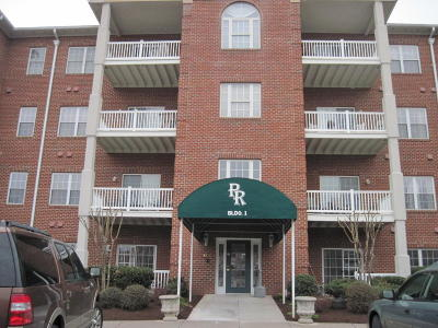 Roanoke Attached For Sale: 4434 Pheasant Ridge Rd SW #106