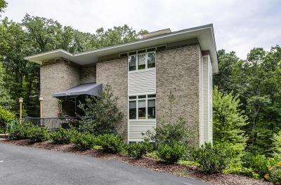 Roanoke Single Family Home For Sale: 3243 West Ridge Rd SW