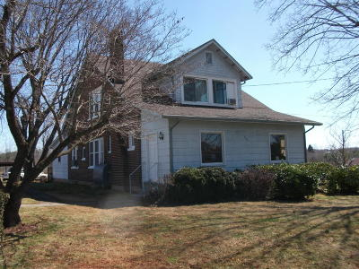 Franklin County Single Family Home For Sale: 585 South Main St