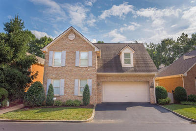 Single Family Home For Sale: 5502 Village Dr