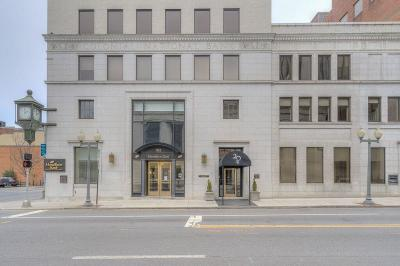 Roanoke Attached For Sale: 204 Jefferson St #6