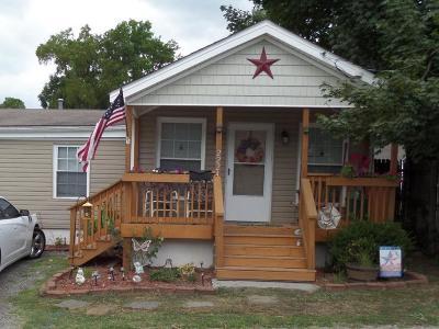 Roanoke Single Family Home For Sale: 2224 Lyndhurst St NW