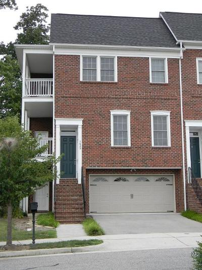 Attached For Sale: 3829 Colonial Green Cir