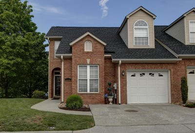 Roanoke County Attached For Sale: 5502 Capulet Ct
