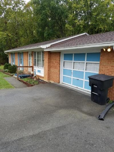 Single Family Home For Sale: 5703 Green Ridge Rd NW