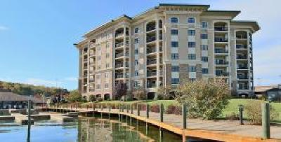 Attached Sold: 100 Bridgewater Pointe Pl #404
