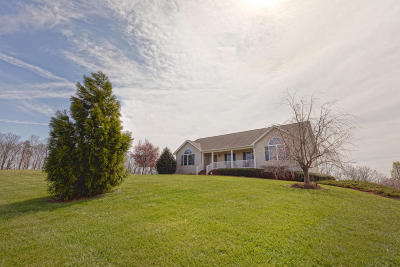 Goodview Single Family Home For Sale: 3676 Horseshoe Bend Rd