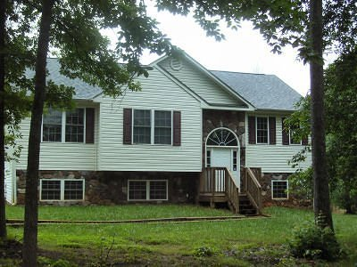Bedford County Single Family Home For Sale: 4051 Diamond Hill Rd