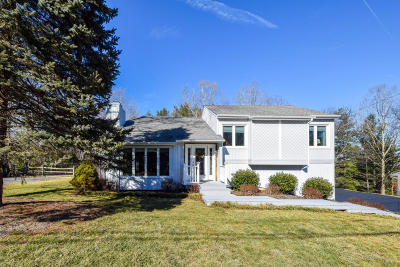 Single Family Home For Sale: 5237 Roselawn Rd