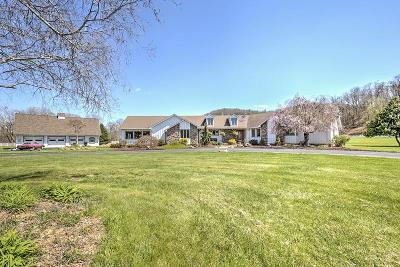 Single Family Home For Sale: 4091 Barley Dr