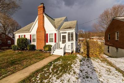 Single Family Home Sold: 3334 Brandywine Ave