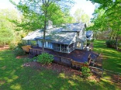Rocky Mount Single Family Home For Sale: 61 Canton Church Rd
