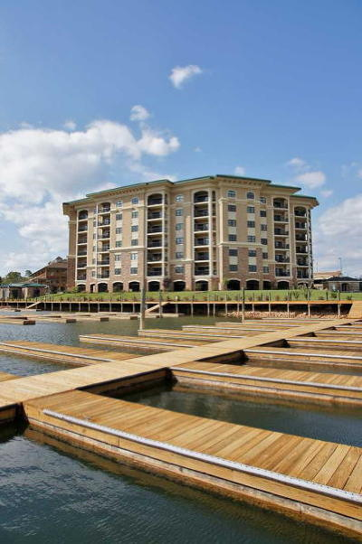 Bedford County, Franklin County, Pittsylvania County Attached For Sale: 100 Bridgewater Pointe Pl #108