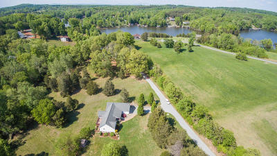 Franklin County Single Family Home For Sale: 206 Forest Shores Rd #& 210