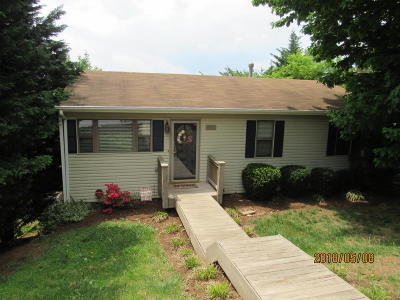 Single Family Home Sold: 4910 Old Mountain Rd NE