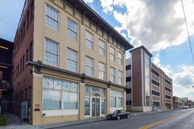 Roanoke Attached For Sale: 324 Salem Ave SW #301