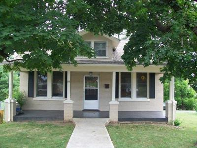 Franklin County Single Family Home For Sale: 10 Donald Ave