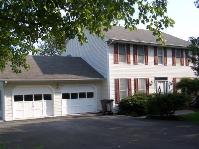 Roanoke VA Single Family Home For Sale: $220,000