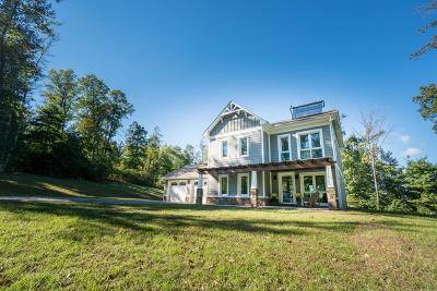 Single Family Home For Sale: 2882 Flat Top Rd