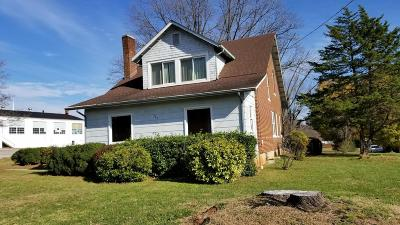 Rocky Mount Single Family Home For Sale: 585 South Main St