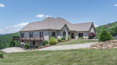 Single Family Home For Sale: 1700 Wagon Trail Rd