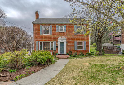 Single Family Home Sold: 2466 Montgomery Ave SW
