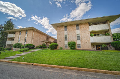 Attached Pending: 5260 Crossbow Cir #5A