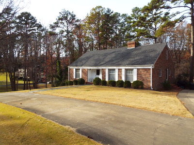 Mecklenburg County Single Family Home For Sale: 100 Pine Valley Road