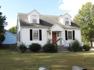 Mecklenburg County Single Family Home For Sale: 202 S Thomas St.